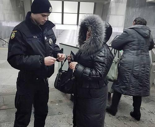 В харьковском метро словили нелегалов