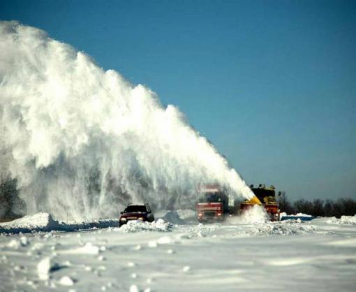 Дороги Харьковской области интенсивно расчищают
