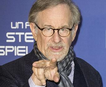 Стивен Спилберг предупредил об угрозе мировому кинематографу