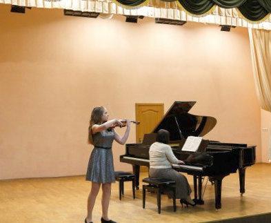 Известные музыканты показали мастер-классы для харьковских школьников