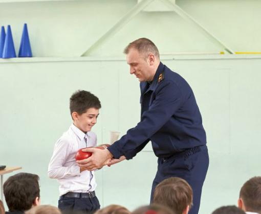 Для харьковских школьников провели урок противопожарной безопасности