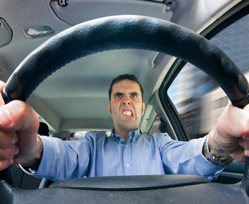Первые права у нарушающих ПДД водителей будут отбирать навсегда