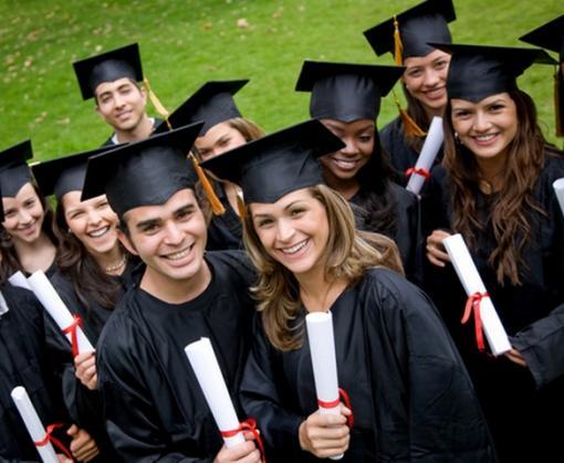 Кабмин упростил процедуру регистрации безработных выпускников вузов