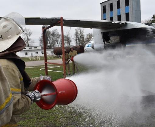 Профилактика превыше всего: в Харькове продолжают устраивать пожарные учения