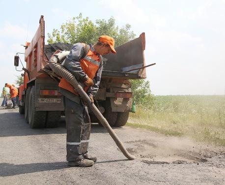 На Харьковщине обещают всерьез взяться за дороги