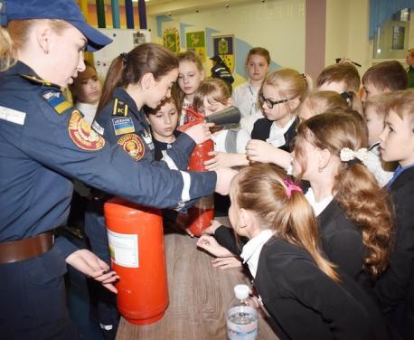 В Харьковском районе провели тренинги по безопасности жизни