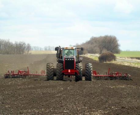 В Харьковской области завершают сев ранних яровых зерновых и зернобобовых культур