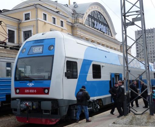 В украинских поездах появятся видеокамеры