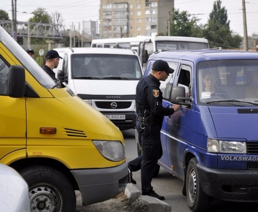 На праздниках в Харькове активно штрафовали водителей
