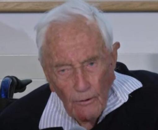 104-летний ученый добровольно ушел из жизни в клинике Швейцарии: видео