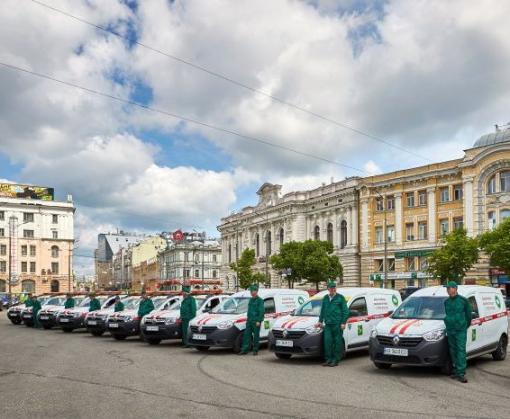 Харьковские лифтеры получили новые аварийные автомобили