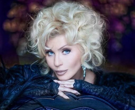 Известная певица кардинально изменила имидж ради украинских геев: видео
