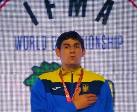 Чемпионом мира по таиландскому боксу стал харьковчанин