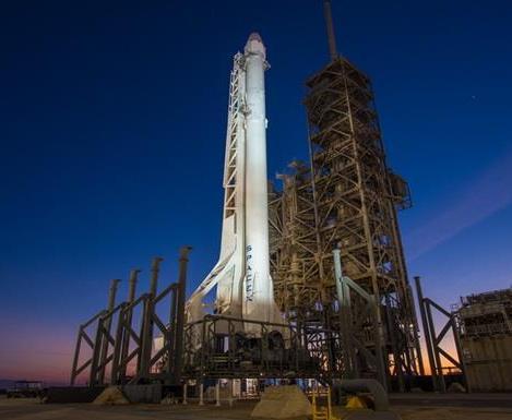 Falcon 9 за один старт выведет на орбиту семь спутников