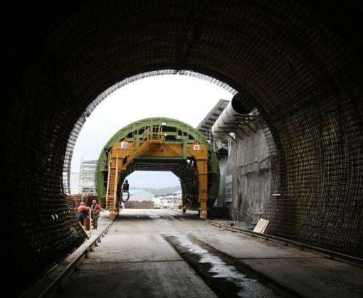 По Бексидскому тоннелю в Карпатах проехал первый поезд