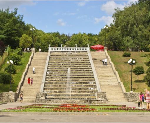 Харьковских чиновников подозревают в растрате при реконструкции сада Шевченко