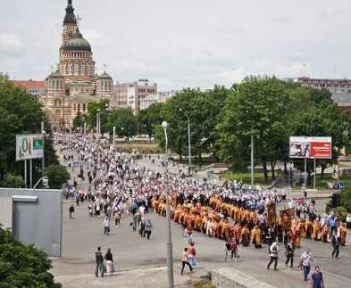 В центре Харькова крестный ход перекроет несколько улиц