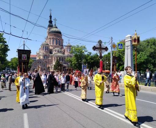 В Харькове прошел крестный ход