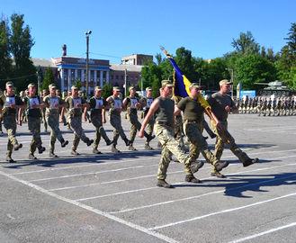 Харьковские курсанты готовятся к параду