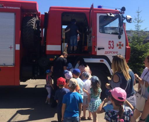ЗОЖ: харьковские спасатели учат детей безопасности