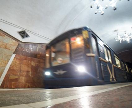 Почему в Харьковском метро стояли поезда