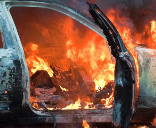 В Харькове на ходу вспыхнуло такси