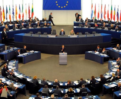 Европарламент призвал РФ немедленно освободить Сенцова и других украинских политзаключенных