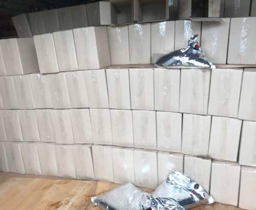 В Харькове обнаружили почти 10 тысяч литров паленого коньяка