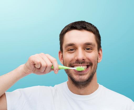 Мифы и правда об уходе за зубами