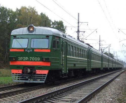 Под Харьковом электричка сбила мотоциклистов