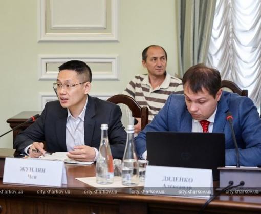 Известная китайская компания планирует заняться безопасностью Харькова