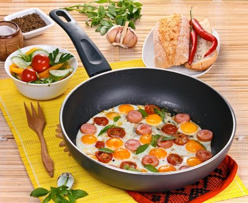 Чем опасны кастрюли и сковородки