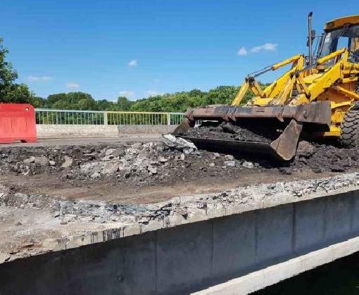 Как ремонтируют дороги в Харьковской области