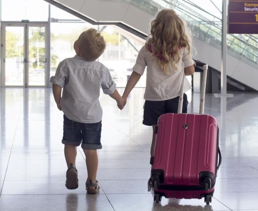 Правила выезда детей за границу изменились
