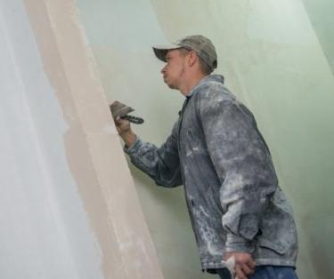 В Харькове продолжаются ремонты