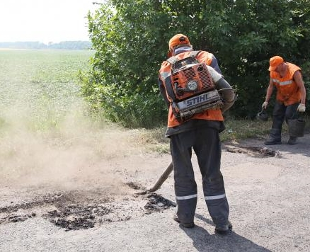 Завершены ремонтные работы на девяти дорогах местного значения в Харьковской области