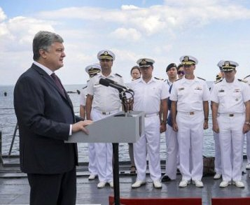 Петр Порошенко не исключает атаки на Мариуполь со стороны РФ
