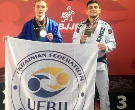 Харьковские мастера джиу-джитсу привезли комплект медалей из Германии
