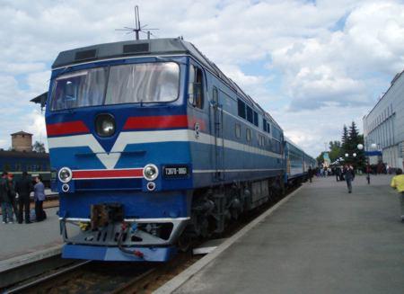Поезд Киев – Константиновка проследует через Харьков