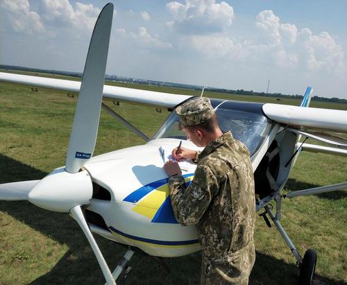 Харьковские курсанты проходят летную практику