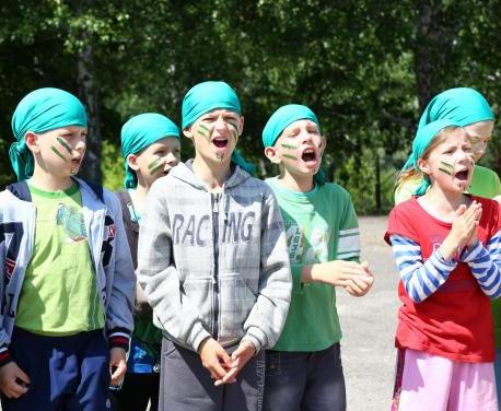 Сколько харьковских детей отдыхает в лагерях