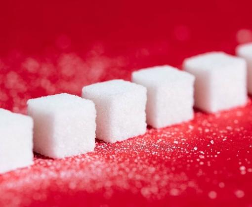 Названа новая опасность сахара
