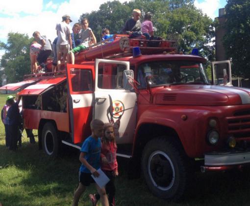 В детских лагерях на Харьковщине устроили внезапные проверки: у кого и что нашли
