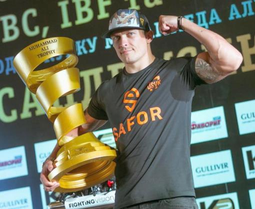«Интер» покажет «Говорит чемпион» – специальную пресс-конференцию Александра Усика