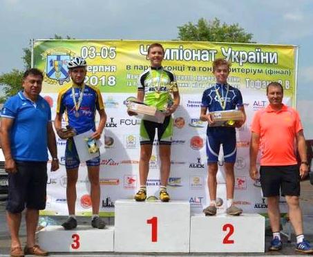 Юные харьковчане победили на чемпионате Украины по велоспорту на шоссе