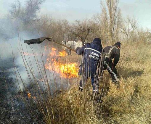 Под Харьковом случился пожар в дачном кооперативе