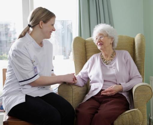 Как бабушке получать пенсию, находясь в пансионате