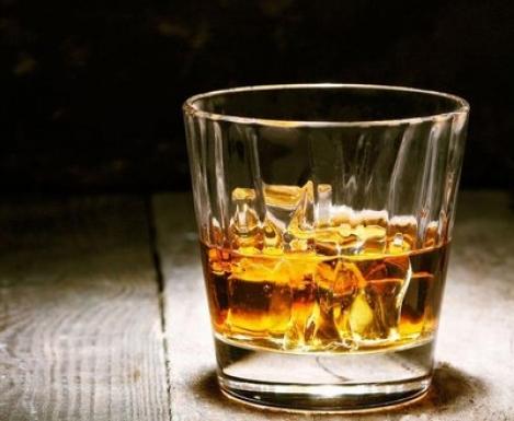 Алкоголь назвали полезным для сердца и сосудов