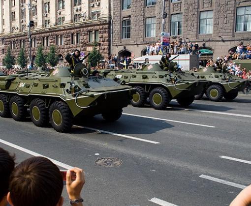 Когда и как пройдет военный парад в День Независимости