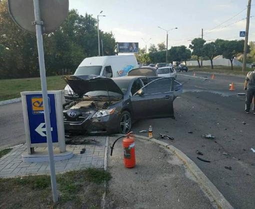ДТП в Харькове: не поделили дорогу трое